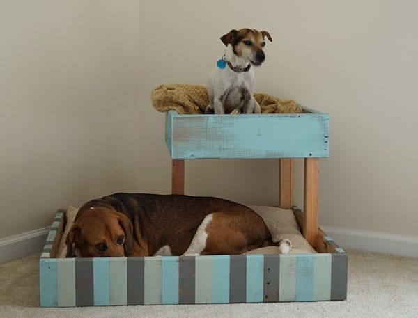 Shipping-Pallet-Dog-Bed